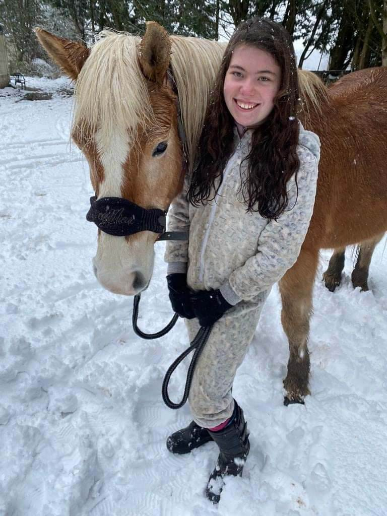 Amy_Bea with healing horse